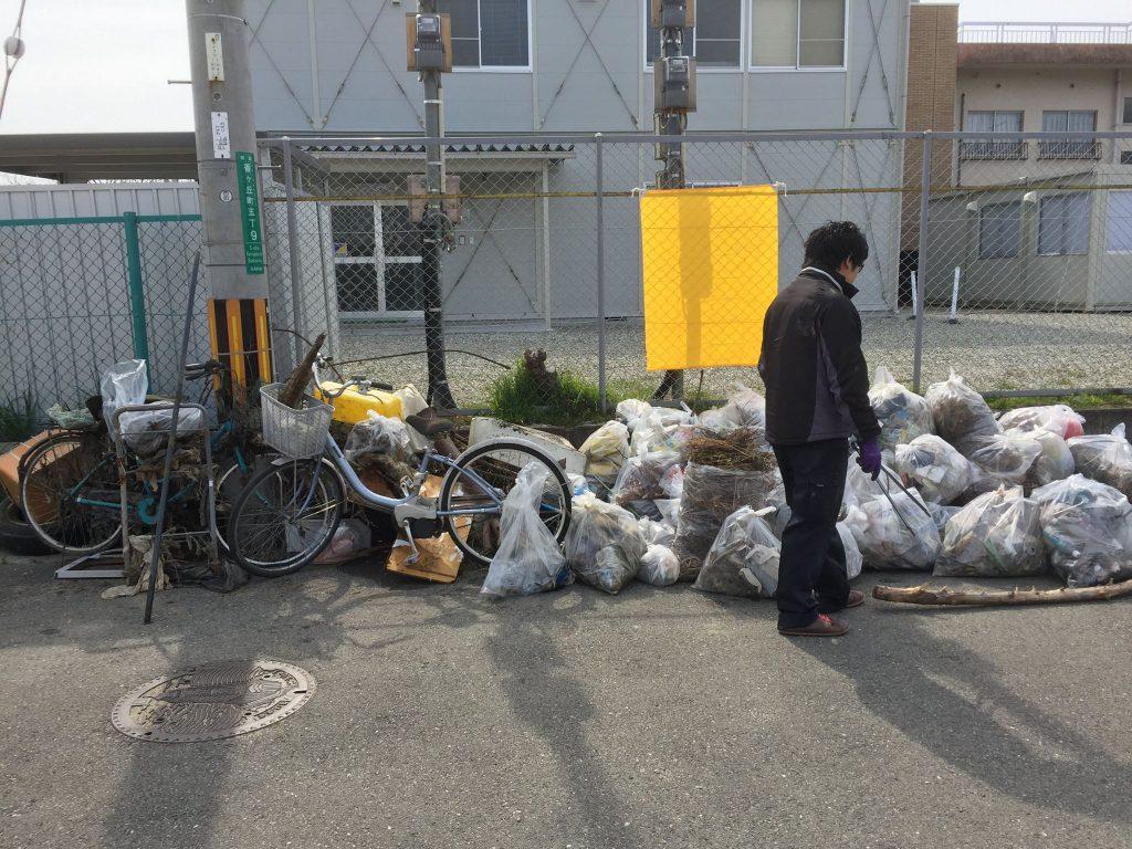 みんなで回収したゴミ
